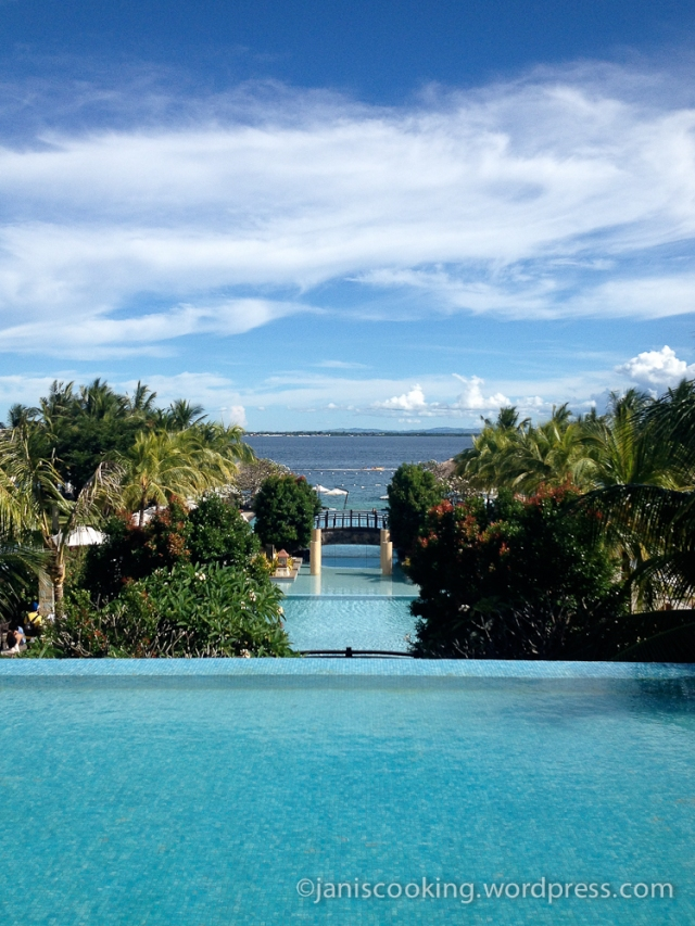 crimson resort spa hotel mactan cebu